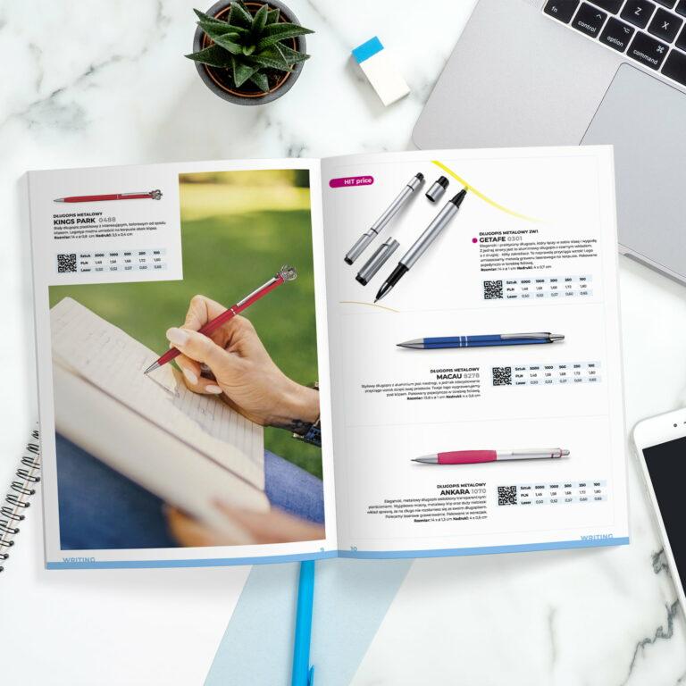 Projekt folderu reklamującego gadżety #macma