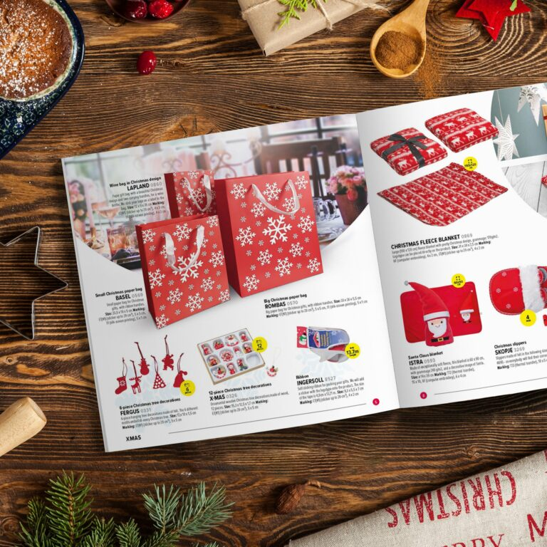 Projekt graficzny katalogu świątecznego z gadżetami dla firmy Macma