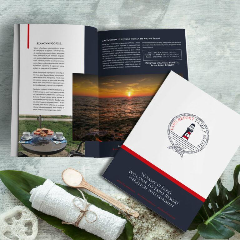 Prezentacja projektu informatora dla gości hotelu, przygotowanego przez Studio Graficzne Wzór