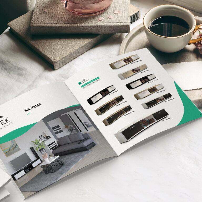 Wizualizacja projektu graficznego folderu reklamującego meble ADRK Furniture