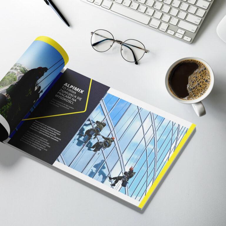Projekt broszury reklamującej usługi firmy Alpimix