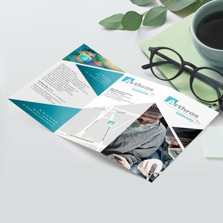 Projekt broszury reklamującej usługi medyczne gabinetów #arthros