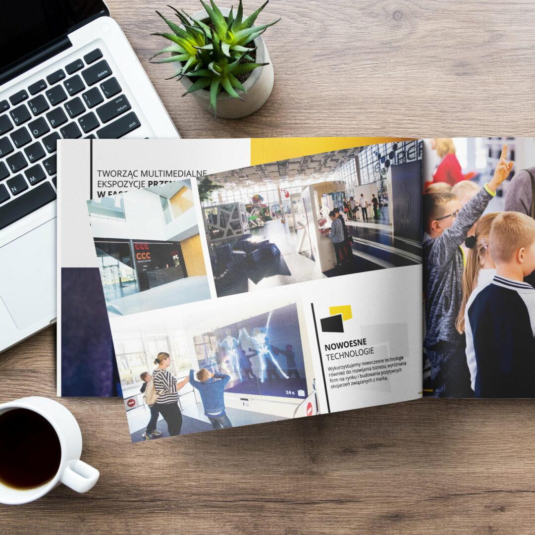 Wizualizacja projektu graficznego katalogu promującego usługi technologiczne firmy Projekt Multimedia
