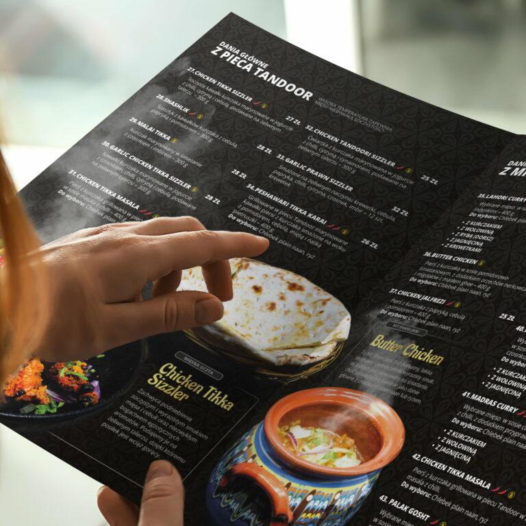 Projekt menu zaprojektowany w ramach obsługi graficznej restauracji Shani Jani