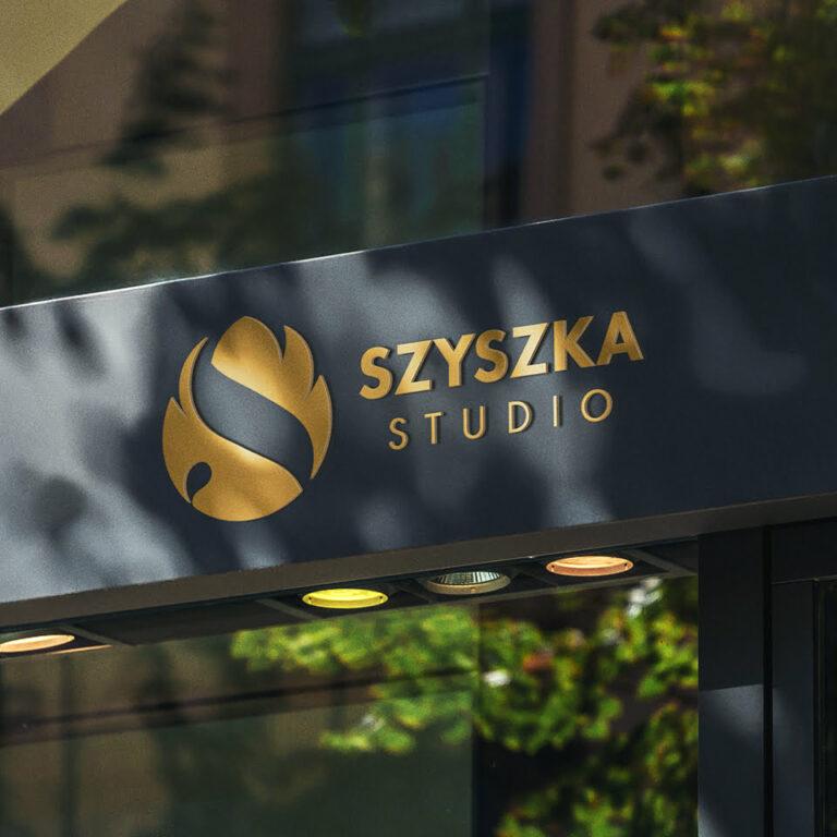 Szyld z projektem logo studia fotograficznego Szyszka Studio